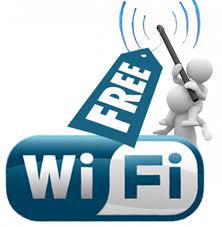 Comune di Palermo mette internet gratis nella piazza di Mondello