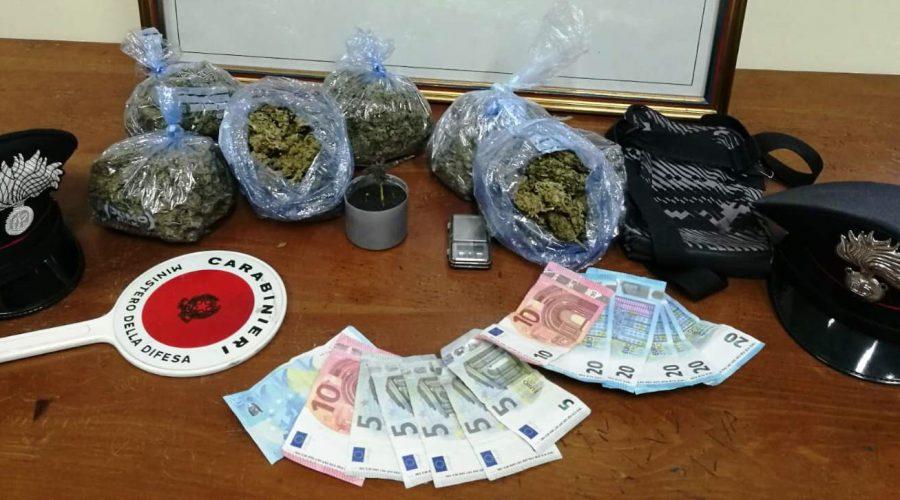 Più di mezzo chilo di marijuana in garage: arrestato a Riposto