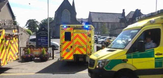 Irlanda: infarto al prete e con l'auto investe fedeli al funerale
