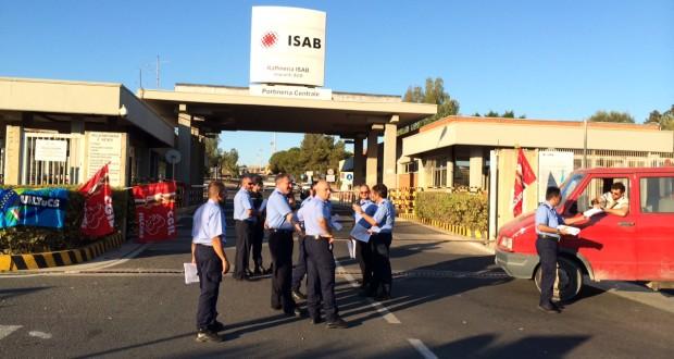 """""""Licenziato da Isab per inabilità fisica"""": e i sindacati protestano"""