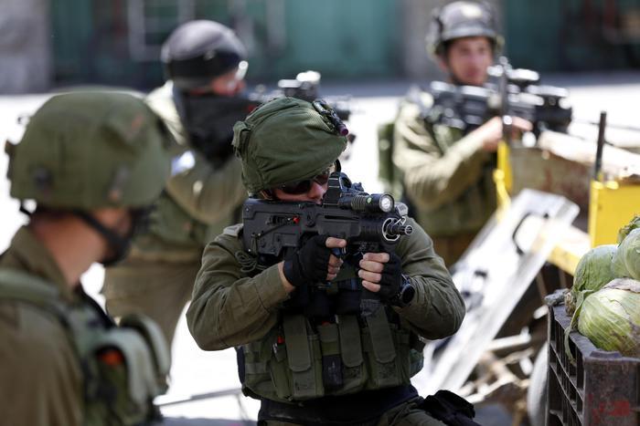 Blitz israeliano, arrestati 25 capi di Hamas