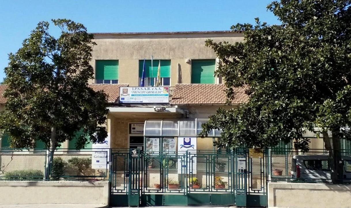 Modica, l'Istituto Principi Grimaldi primo in Sicilia per occupazione dei propri diplomati