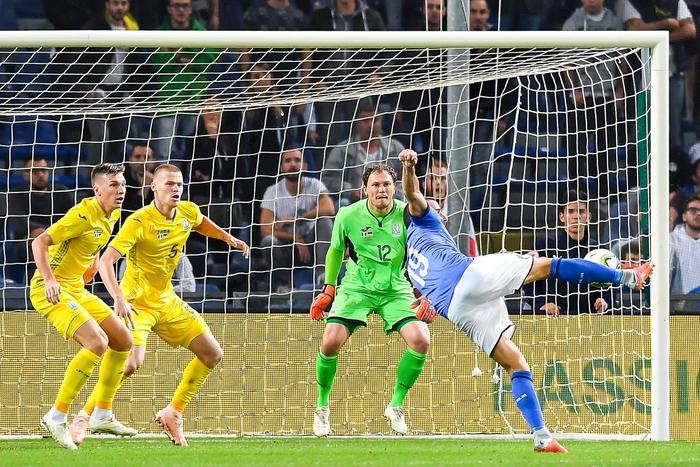 Bell'Italia per un'ora contro l'Ucraina ma alla fine altro pareggio ( 1 - 1)