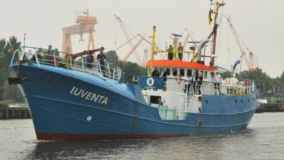 "Migranti, indagati  a Trapani comandanti nave Ong ""Iuventa"""