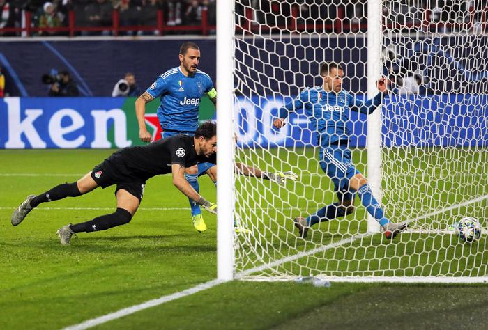 Champions, la Juve batte il Locomotiv Mosca e vola agli ottavi di finale