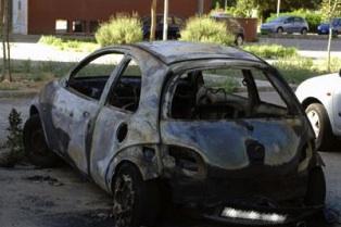 Siracusa, bruciata nella notte una Ford Ka