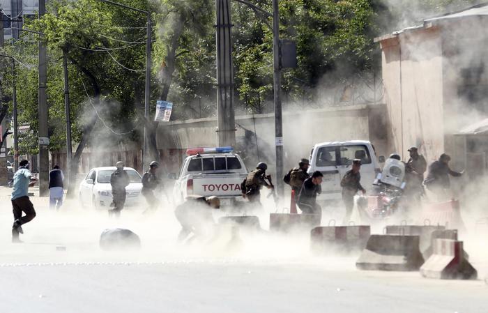 Attentato dell'Isis a Kabul: 29 morti e 49 feriti