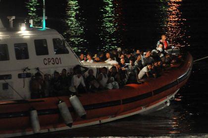 Sbarcati stanotte 115 profughi al porto di Lampedusa
