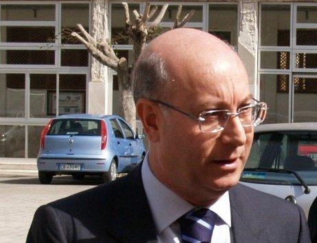 La Placa rieletto presidente dell'associazione degli ex deputati Ars