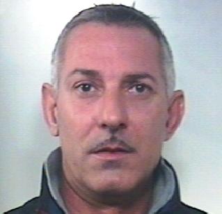 Trovato con oggetti di valore rubati, arrestato nel Catanese