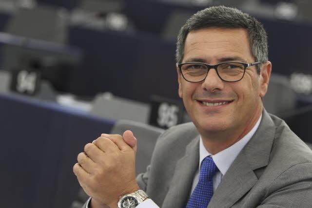 Regionali, a Ragusa Ap piazza il lista l'eurodeputato Giovanni La Via