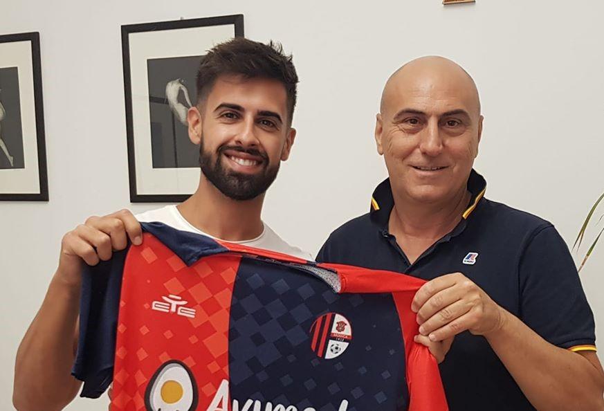 Calcio,, Promozione: il Modica ingaggia Corrado La Bruna e conferma il bomber Andrea Vicari