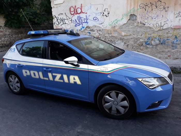 Rapinarono due prostitute di soldi e telefonini, 3 arresti a Lamezia Terme