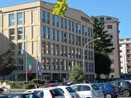 Coronavirus, a Lamezia Terme chiusi Tribunale ed Agenzia delle Entrate