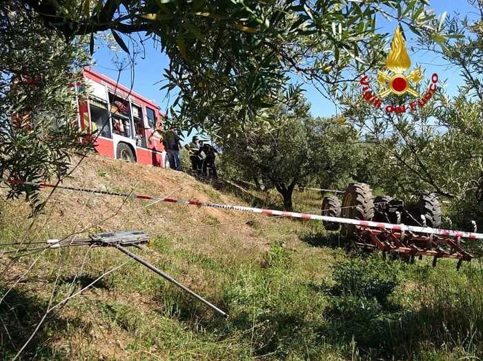 Trattore finisce in una scarpata, morto 50 enne a Lamezia Terme