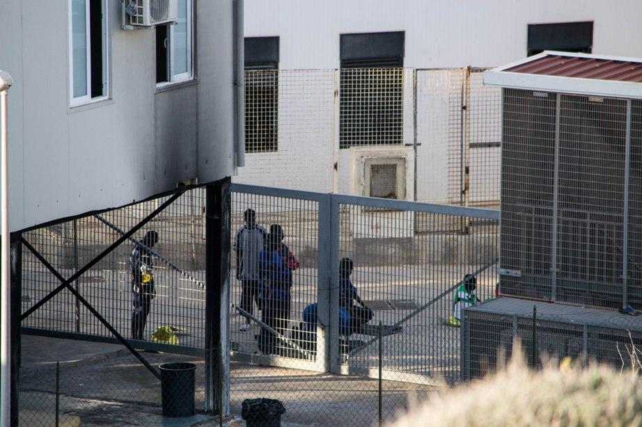 Tre sbarchi di migranti a Lampedusa: arrivati in 85