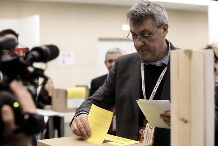 Landini è il nuovo segretario della Cgil col 92%
