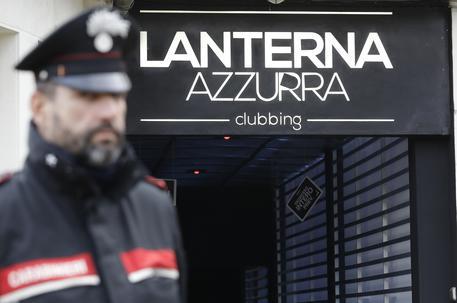 I morti alla discoteca Lanterna Azzurra, sette arresti ad Ancona per omicidio preritenzionale