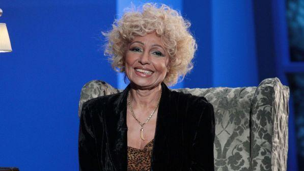 Addio a Lara Saint Paul