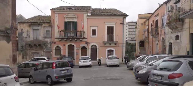 Donna trovata morta a Ragusa, 52enne iscritto nel registro degli indagati