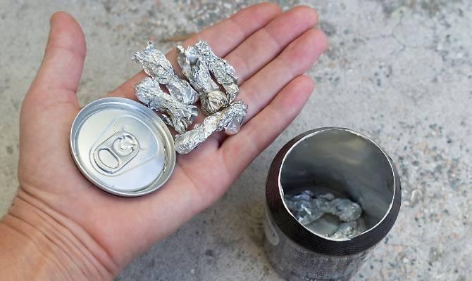 Dosi di droga nascoste nelle lattine e nei pacchi di patatine, preso ad Afragola