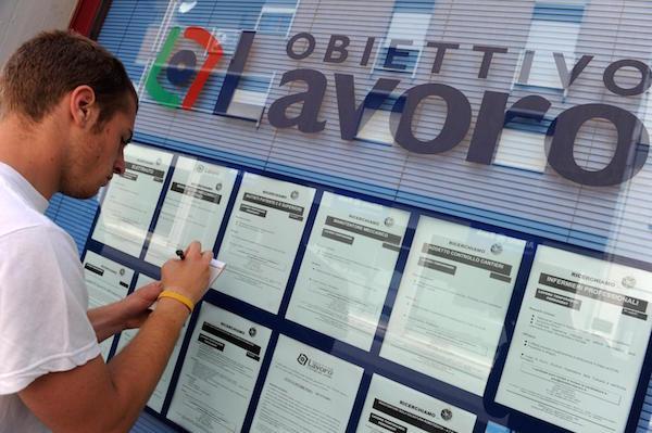 Lavoro: Cgil, persi in Sicilia 126.000 posti in pieno Jobs act