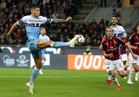 La Lazio batte con merito il Milan al Meazza e vola in finale di Coppitalia