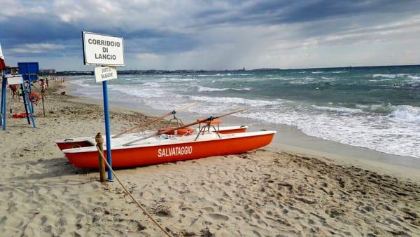 Colto da malore settantenne annega nel mare di Gallipoli