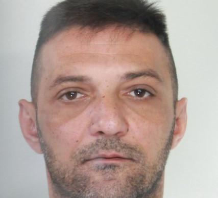 Droga, la polizia di Catania arresta un latitante: 5 anni di carcere