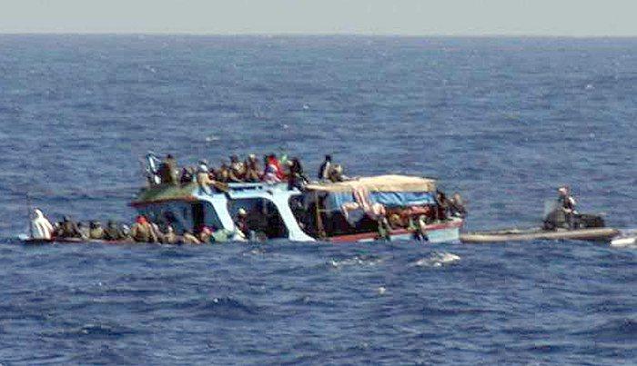 Migranti, oltre 100 morti in un naufragio in Libia