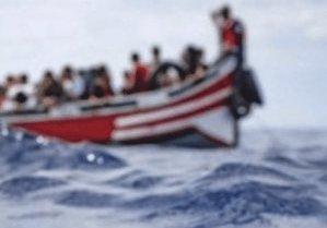 Sos di Alarm phone: niente notizie da 74 ore di un barcone partito dalla Libia con 45 migranti
