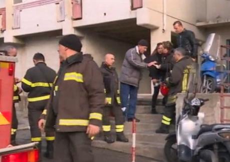 Catania, incendio in un appartamento di viale Grimaldi: tre intossicati