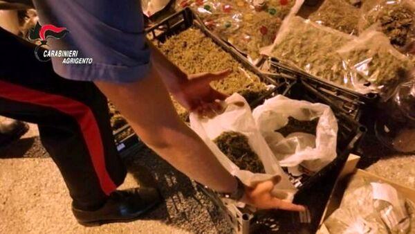 Gli trovano nell'abitazione 104 chili di marijuana: arrestato a Licata