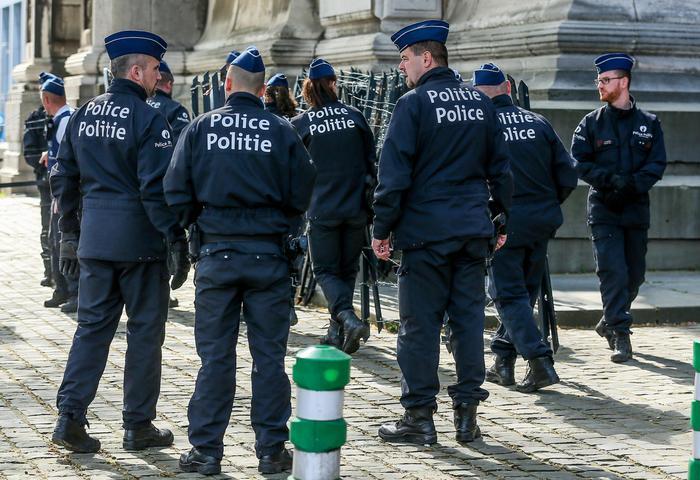 Terrorismo, sparatoria a Liegi: uccisi due agenti