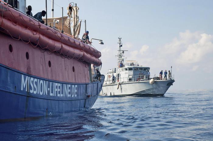 Migranti, Conte: la Lifeline attraccherà a Malta