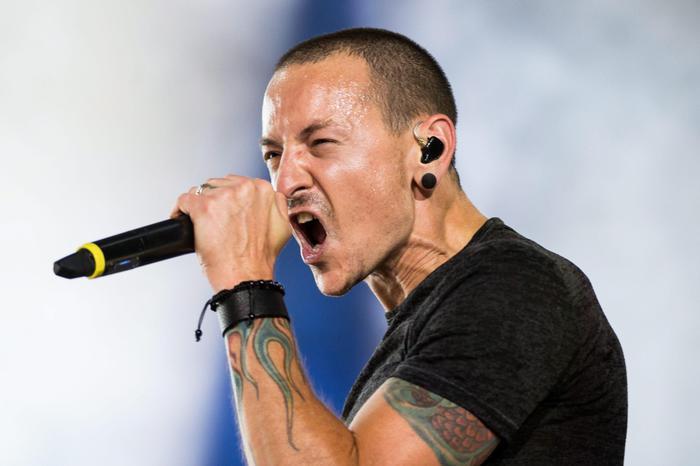 Suicida Chester Bennington cantante dei Linkin Park