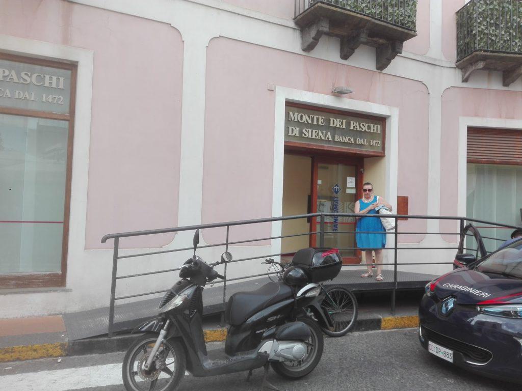 La rapina alla Montepaschi di Lipari: fermati tre catanesi
