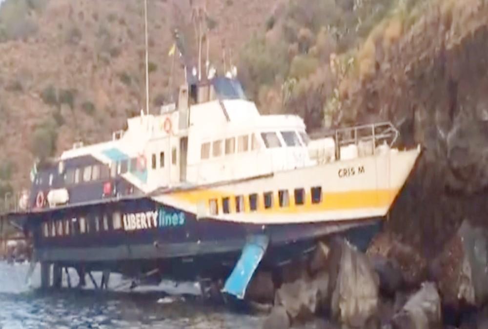 L'aliscafo finì contro gli scogli a Lipari: due anni al comandante