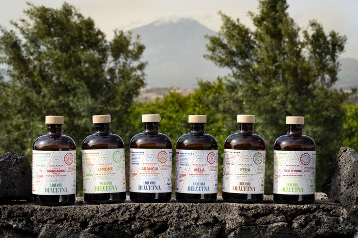Liquori dell'Etna, sette infusi di sola frutta fresca: nasce il brand Etnauti