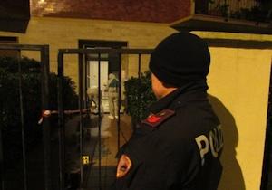 Livorno, ucciso con una coltellata al petto sotto casa