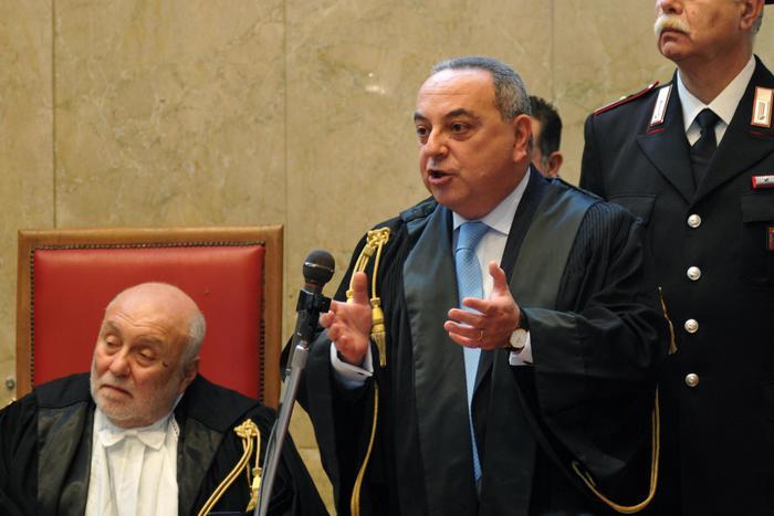 Trafficanti di esseri umani, inflitti a Palermo 124 anni per sedici imputati