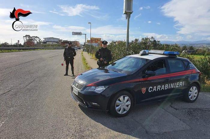 Accoltella la convivente per 14 volte: arrestato a Locri, lei non è in pericolo di vita