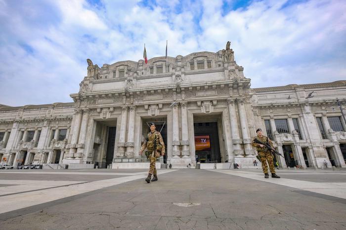 Diminuiscono i contagi in Lombardia, ma i positivi sono più di 42 mila: 6.818 decessi