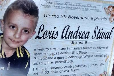 Due anni fa l'omicidio Loris: i compagni di classe lo ricordano