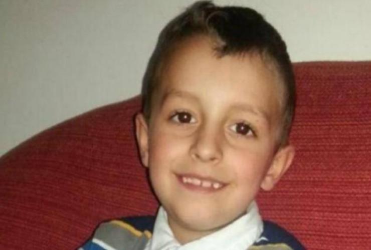 Loris, 5 anni fa il delitto a Santa Croce: per il papà ' sei stella più brillante'
