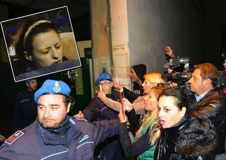 Ragusa, Veronica Panarello davanti al Gup e l'avvocato Villardita chiede un rinvio dell'udienza