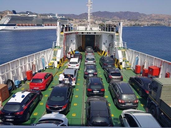 Caronte&Tourist, da domani corse a pagamento sullo Stretto di Messina