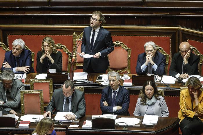 Il Senato respinge la mozione di sfiducia al ministro Lotti: 161 i no
