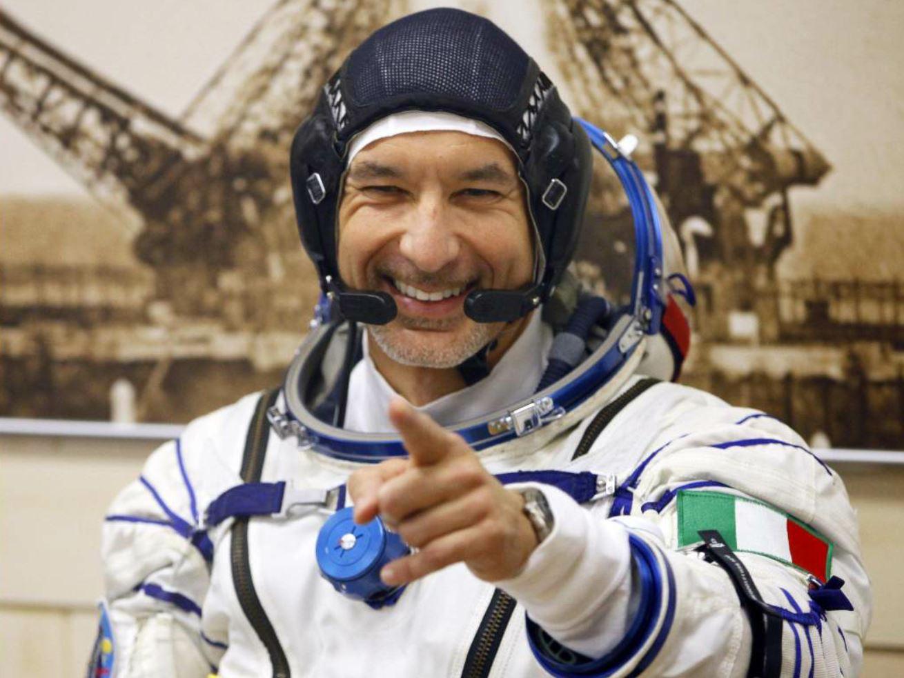 Luca Parmitano, passeggiata da record  sullo Spazio prima del rientro