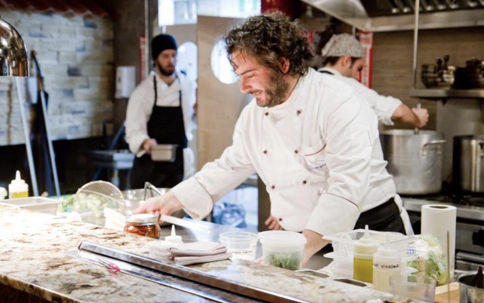 Lo chef modicano Luca Stracquadanio omaggia Franco Ruta a Buenos Aires